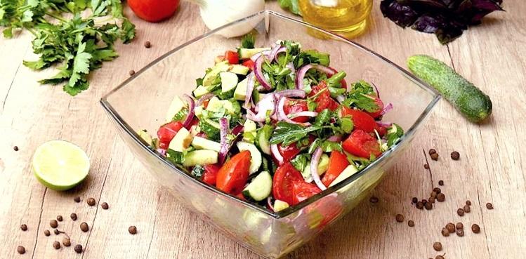 Польза салата для здоровья организма